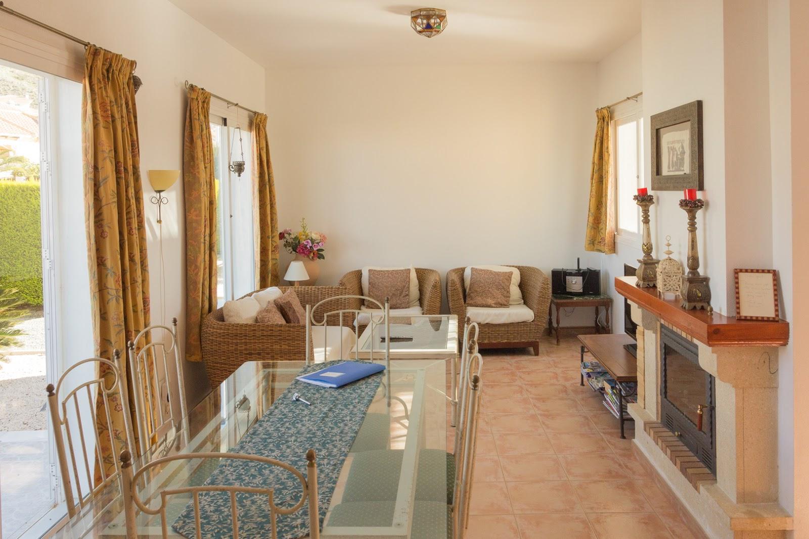 Openhaard In Woonkamer : Beautiful villa type clasico with private pool mazarrón murcia casaña