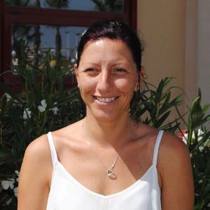 Gemma Barnes - Casana